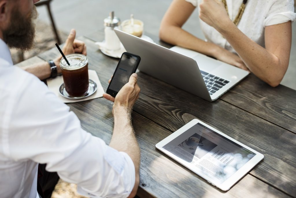 solopreneurs, writers, bloggers, freelancers can work from anywhere. Increasingly, so can employees!